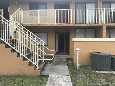 Miami Gardens Condo For Sale: 610 NW 214th St #103
