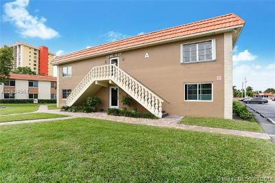 Wilton Manors Condo For Sale: 12 NE 19th Ct #114A