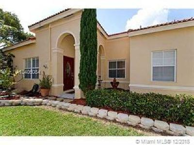 Broward County Single Family Home For Sale: 4011 Palm Pl