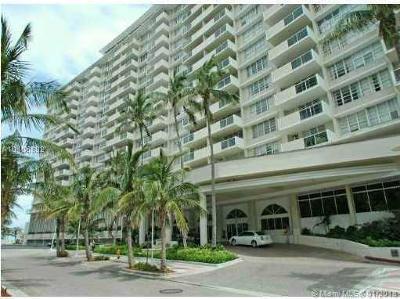 Miami Beach Condo For Sale: 100 Lincoln Rd #1232