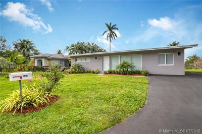 Fort Lauderdale Single Family Home For Sale: 2413 Flamingo Ln