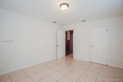 Riviera Beach Single Family Home For Sale: 600 W 5th St