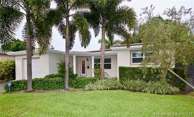 Biscayne Park Single Family Home For Sale: 11601 NE 11th Pl