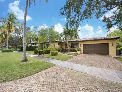 Coral gables Single Family Home For Sale: 440 Castania Ave