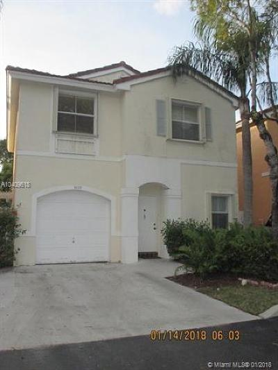 Cooper City Single Family Home For Sale: 3870 Tree Tops Rd