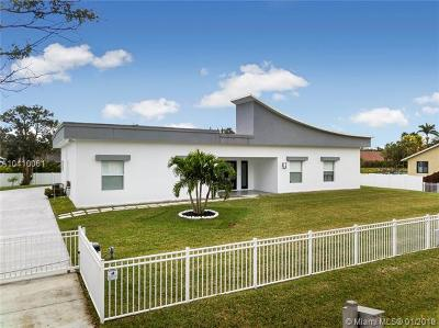 Plantation Single Family Home For Sale: 11870 NW 27th St