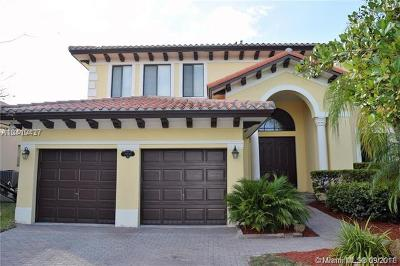 Cutler Bay Single Family Home For Sale: 19030 SW 74th Ave