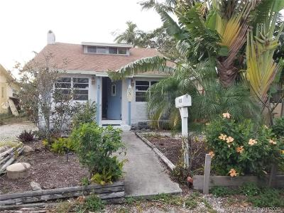 Lake Worth Single Family Home For Sale: 925 S L