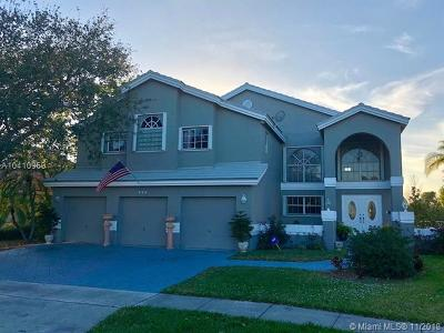 Pembroke Pines Single Family Home For Sale: 960 NW 203 Rd Ave