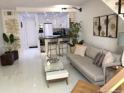 Coral Gables Condo For Sale: 234 Antiquera Ave #15