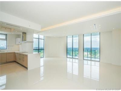 North Miami Beach Condo For Sale: 17301 Biscayne Blvd #2102