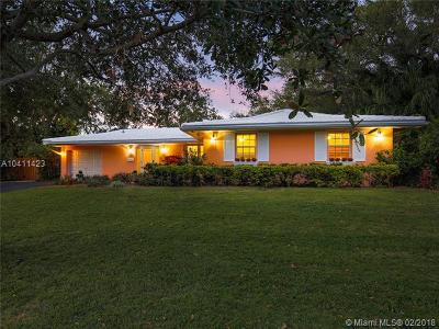 Palmetto Bay Single Family Home For Sale: 7645 SW 166th Ter