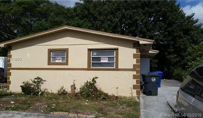 West Park Single Family Home For Sale: 4613 SW 20th St
