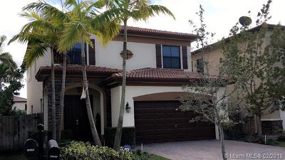 Doral Single Family Home For Sale: 10064 88th Ter