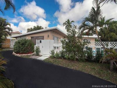 Pompano Beach Single Family Home For Sale: 2613 NE 7th Street