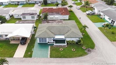 Tamarac Single Family Home For Sale: 8610 NW 57th Pl