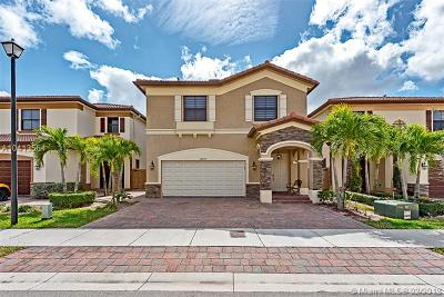 Doral Single Family Home For Sale: 10020 NW 86th Ter