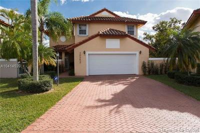 Doral Single Family Home For Sale: 10352 NW 46th Ter