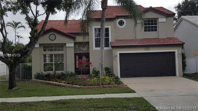 Cooper City Single Family Home Active With Contract: 2715 Bogota Ave