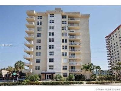 Hollywood Condo For Sale: 1401 S Ocean Dr #904