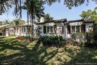 Coral Gables Single Family Home For Sale: 927 Coral Way