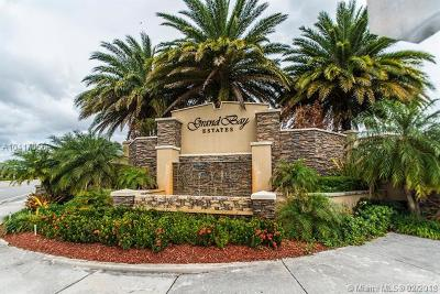 Doral Single Family Home For Sale: 8895 NW 100th Pl