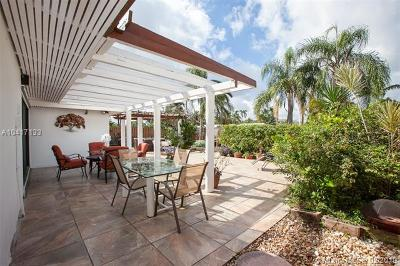 Fort Lauderdale Single Family Home For Sale: 2411 Andros Ln