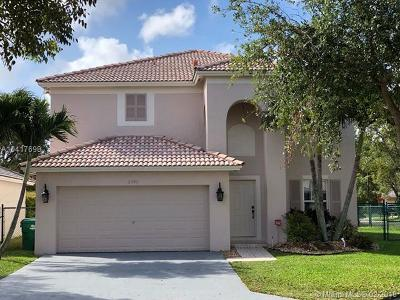 Miramar Single Family Home For Sale: 11340 SW 20th St