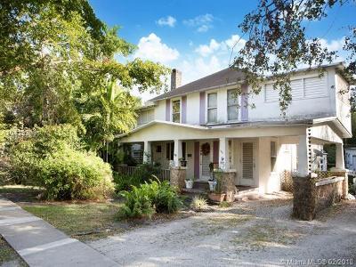 North Miami Single Family Home For Sale: 1050 NE 131 St