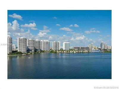 Sunny Isles Beach Condo For Sale: 251 174th St #1718