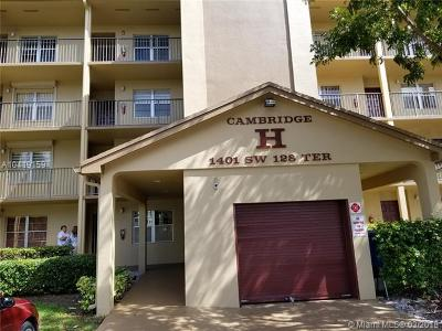 Pembroke Pines Condo For Sale