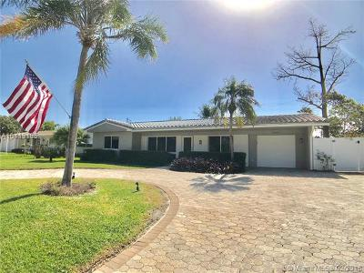 Pompano Beach Single Family Home For Sale: 2740 NE 24th St