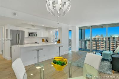 Miami Beach Condo For Sale: 2655 Collins Ave #2005