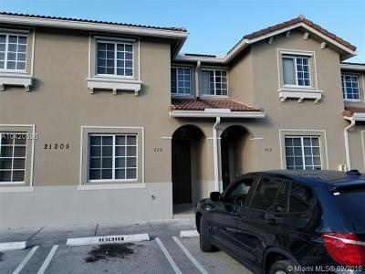 Miami Gardens Condo For Sale: 21205 NW 14 Pl #619