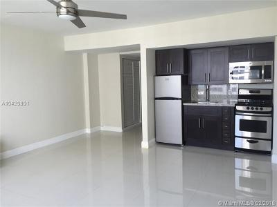 Miami Beach Condo For Sale: 1250 West Ave #15P