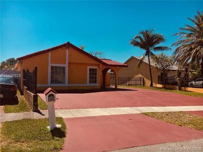 Miami FL Single Family Home For Sale: $350,000