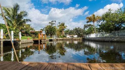 Fort Lauderdale Single Family Home For Sale: 1749 SW 4 St