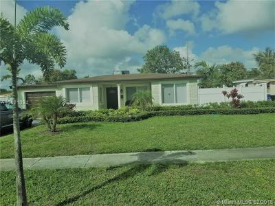 Fort Lauderdale Single Family Home For Sale: 3831 Jackson Blvd