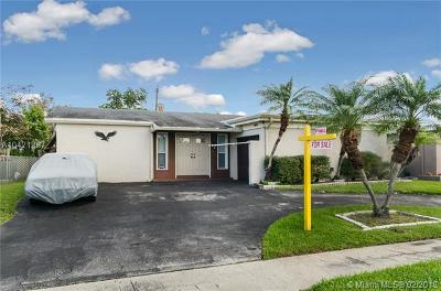 Sunrise Single Family Home For Sale: 11641 NW 30th Pl
