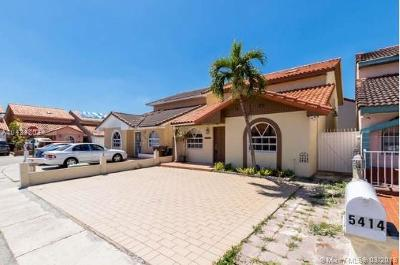 Hialeah Single Family Home For Sale: 5414 W 27th Ln