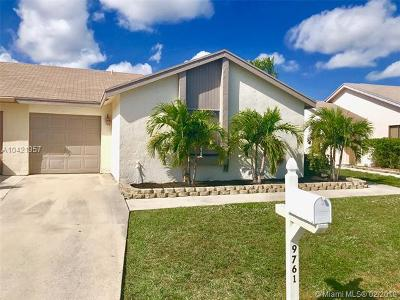 Boca Raton Condo For Sale: 9761 Saratoga Park Ct