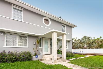 Miami Single Family Home For Sale: 10960 N Bayshore Drive