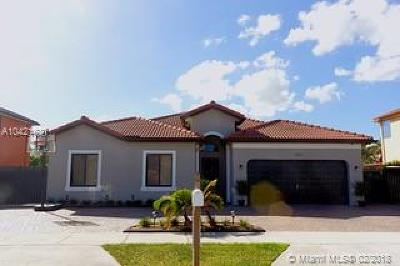 Miami Single Family Home For Sale: 3262 SW 147 Ct