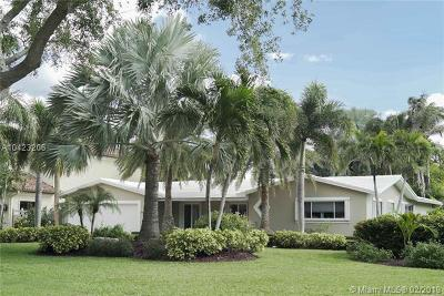 Broward County Single Family Home For Sale: 2608 NE 22nd Ave