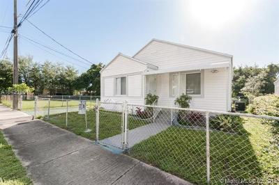 Miami-Dade County Multi Family Home For Sale: 5628 NW 5th Ct