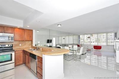 Miami Beach Condo For Sale: 5600 Collins Ave #3E