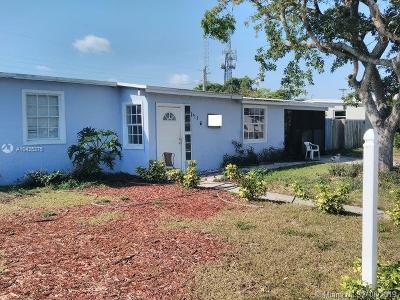 Pompano Beach Single Family Home For Sale: 1416 NE 54th St