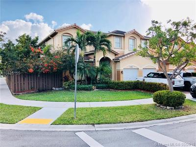 Doral Single Family Home For Sale: 11144 NW 78th Ln