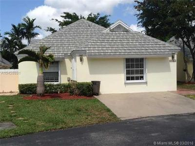 Doral Single Family Home For Sale: 9885 NW 47th Ter
