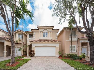 Doral Single Family Home For Sale: 10916 NW 69th St